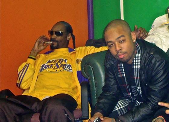 Terrace Martin - We Fly ft Snoop Dogg & Teedra Moses
